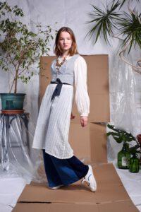 """Outfit aus der Kollektion """"Dust"""" von Jennifer Fach © Enrico Mathieu"""